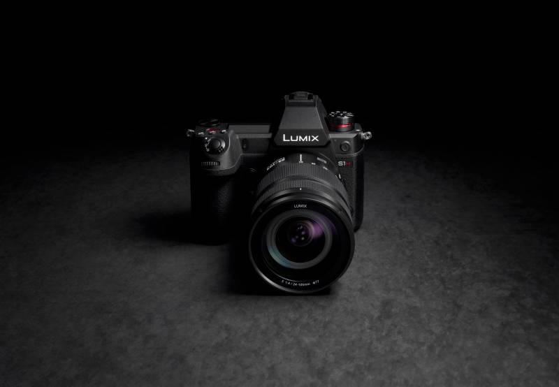 Panasonic introduces a new LUMIX S1H full-frame mirrorless camera