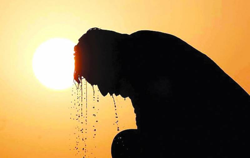 Deadly heat wave kills at least 184 people in India's Bihar