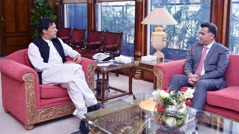 DG ISI Faiz Hamid calls on PM, discusses professional matters