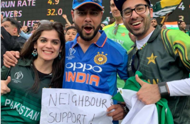 This Indian fan won millions of hearts by supporting Pakistan against South Africa