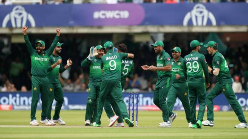 Celebrities express immense delight and pride as Pakistan defeats New Zealand in CWC19
