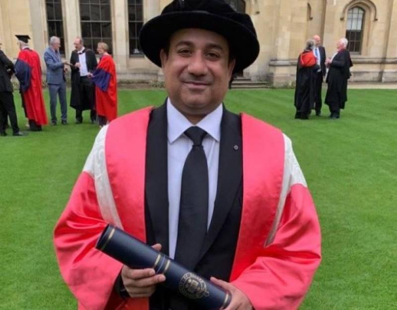 Rahat Fateh Ali Khan receives honorary degree at Oxford