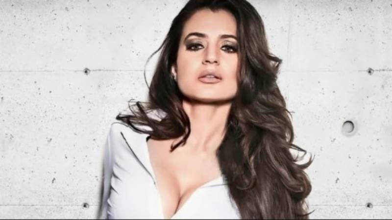 Ameesha Patel is charged with fraud of more than 2 crores