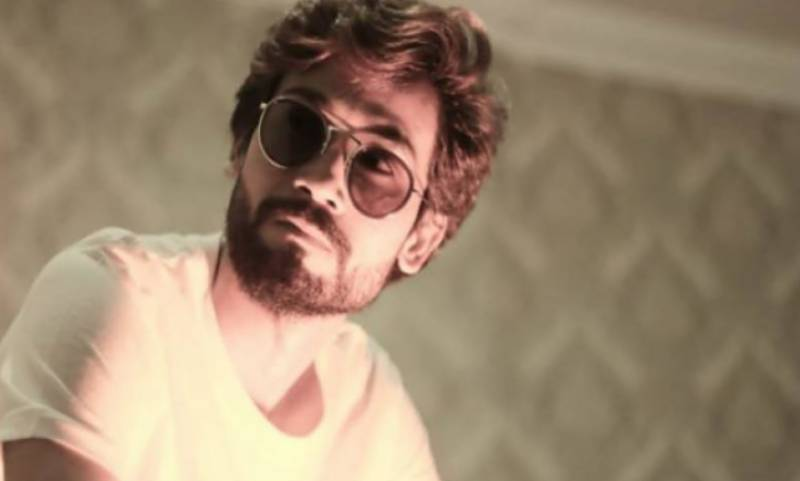Painter turned singer Muhammad Arif is back with a new song