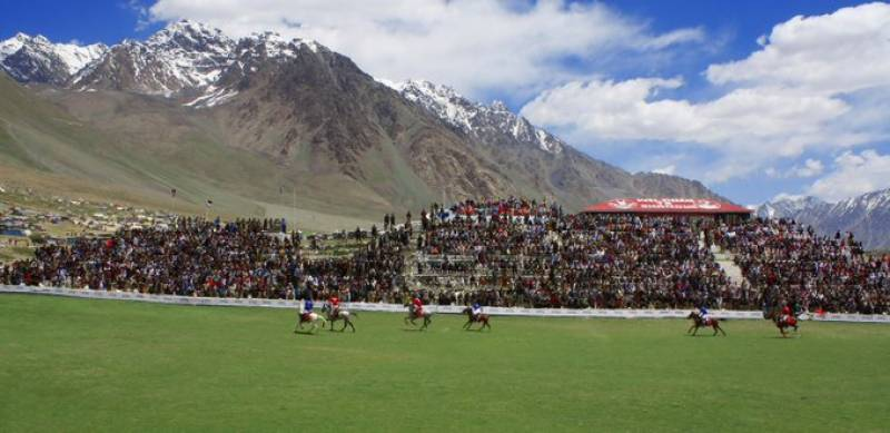 Chitral edge past Gilgit by 6-5 to win historical Shandur Polo Festival