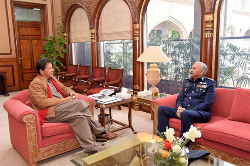 Air chief calls on PM Imran