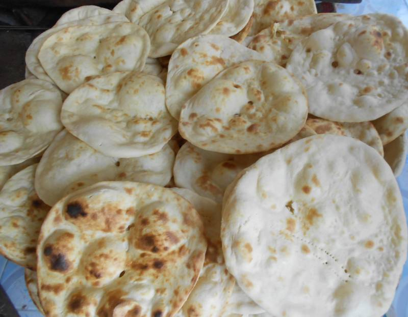 Roti, naan prices set to increase again in Lahore