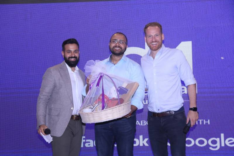 Daraz launches private traffic solution for DarazMall brands in collaboration with Facebook, Google