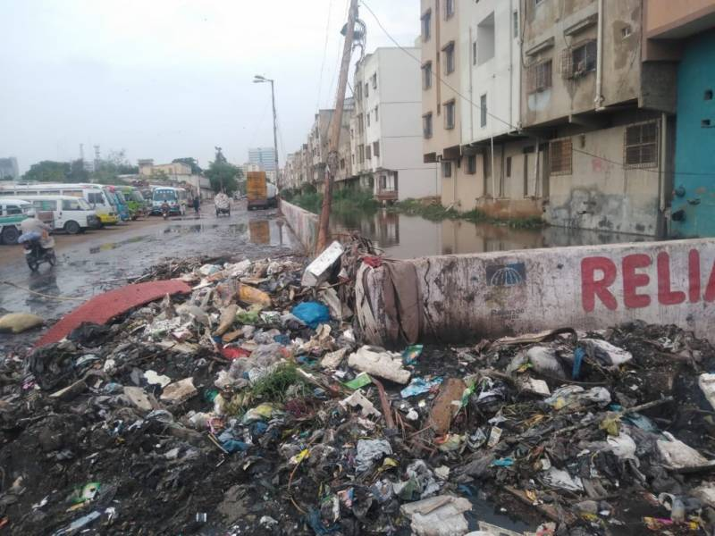 Pakistan on 'Lets Clean Karachi' drive