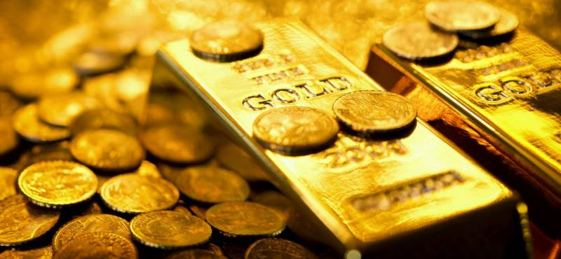 Gold price sheds Rs 800, traded at Rs 87,100 per tola