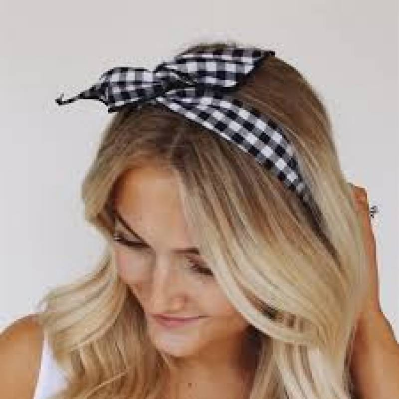 Are you sporting a headband this year? If not, you must!