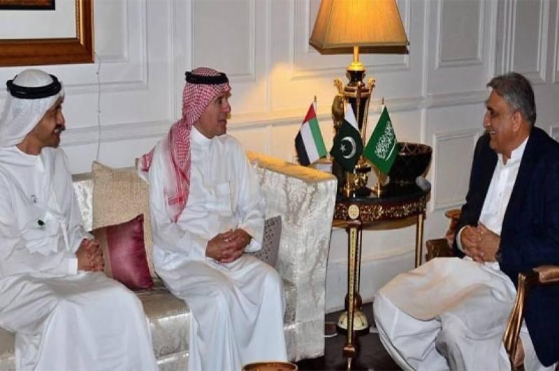 KSA, UAE FMs discuss Kashmir crisis with COAS Gen Bajwa