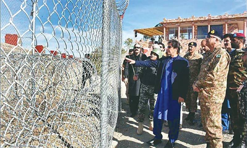 PM Imran, COAS Gen Bajwa visit LoC as Pakistan observes Defence Day