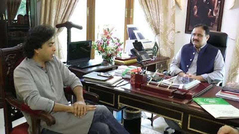 Shehzad Roy lauds Punjab CM Usman Buzdar for promoting education