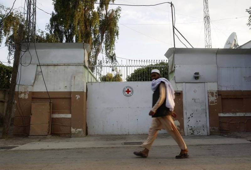 Taliban lift ban on Red Cross in Afghanistan