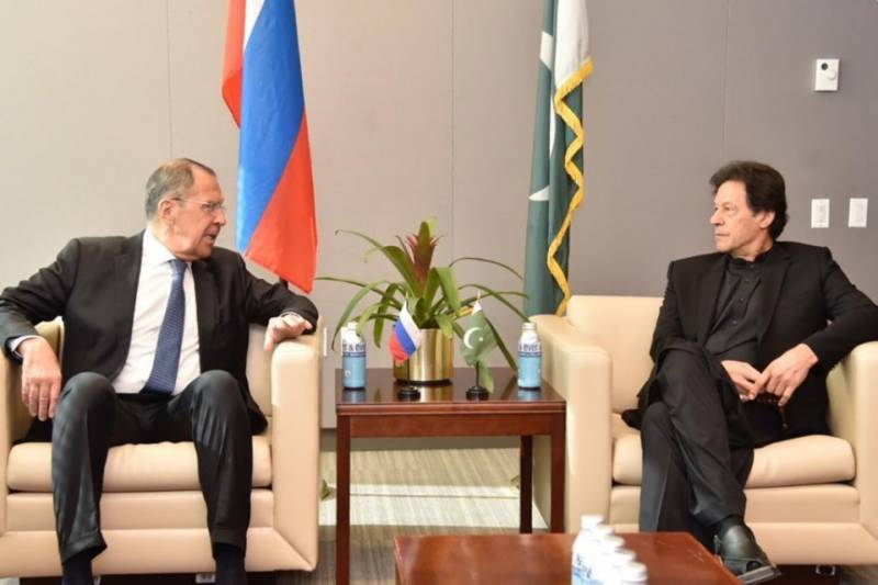Pakistan, Russia express satisfaction on growing momentum in bilateral relations