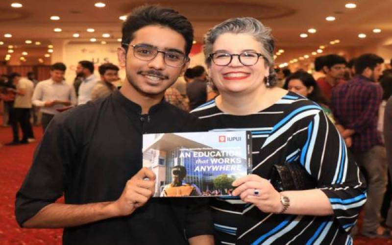 U.S. Consul General encourages Pakistani youth to study in America