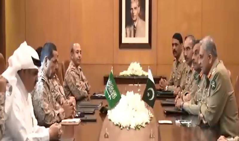 COAS Gen Bajwa, Commander Royal Saudi Land Forces discuss matters of mutual interest