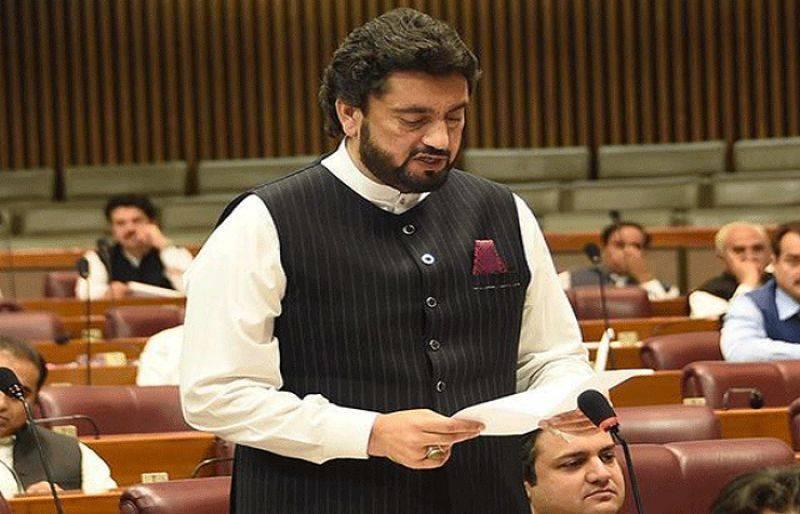 Govt mulls mandatory drug test for teachers, students in Islamabad