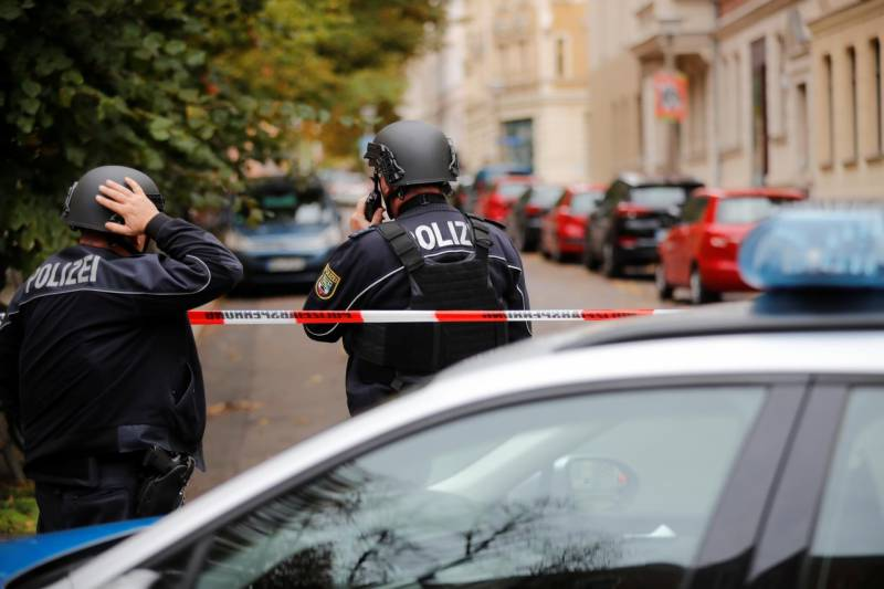 Two shot dead as gunmen target Germany on Yom Kippur