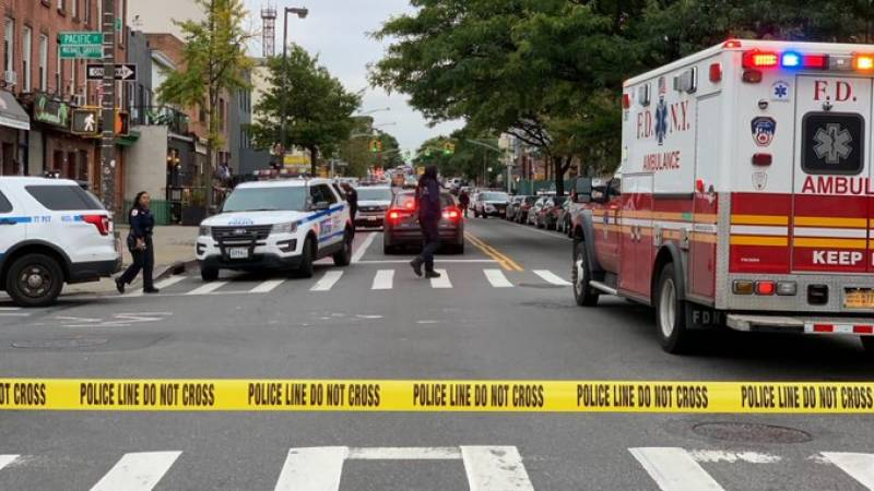 At least 4 dead, 3 injured in New York shooting