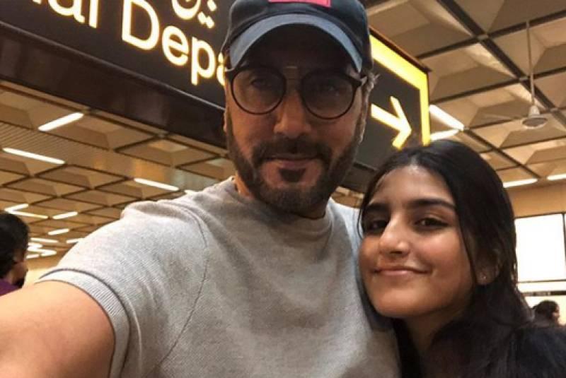 Adnan Siddiqui dedicates a heart touching Instagram post to eldest daughter