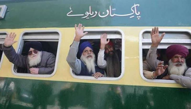 Pakistan Railways operates special train for Sikh Yatrees