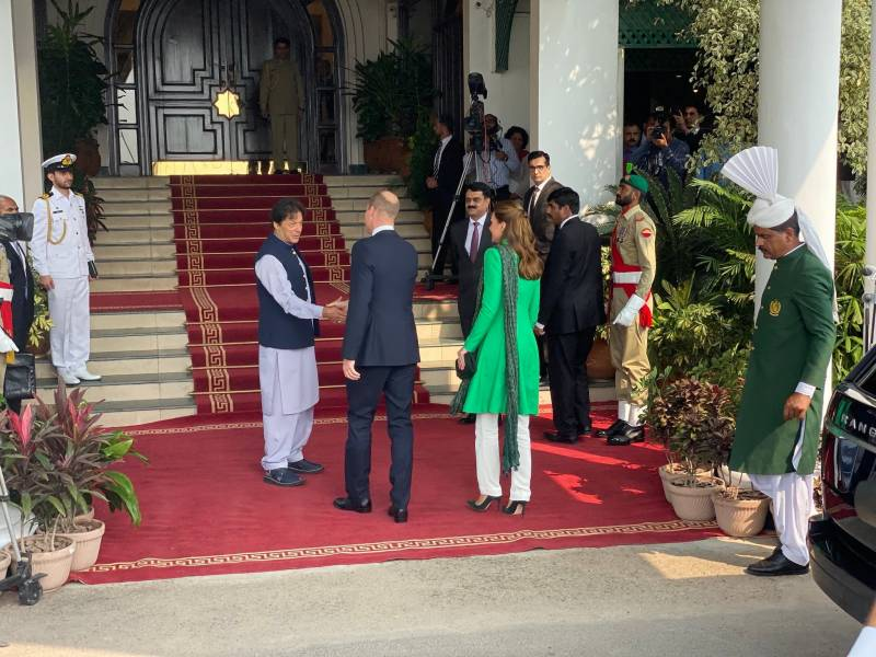 Royal couple meets PM Imran, President Arif Alvi amid multiple engagements