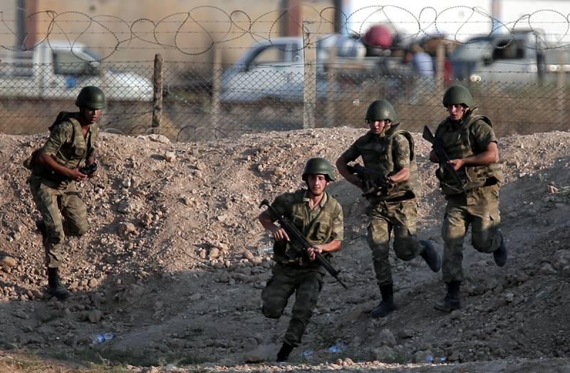 Turkish soldier killed in operation near Syria's Manbij