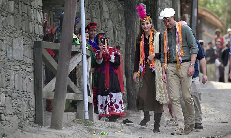 UK royal couple fly into Chitral's Broghil valley to see melting glacier