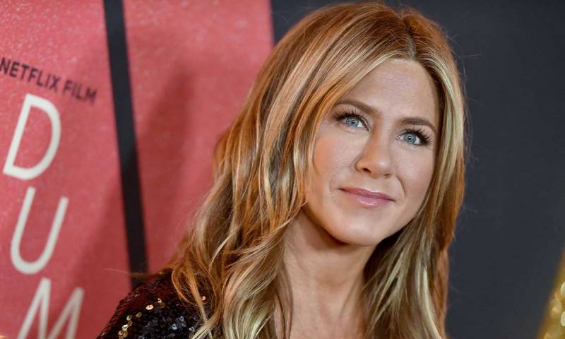 Jennifer Aniston sets world record with epic Instagram debut