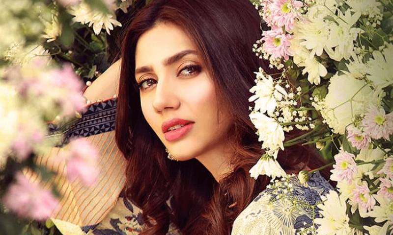 Mahira Khan becomes first Pakistani celeb to hit 5 million Instagram followers