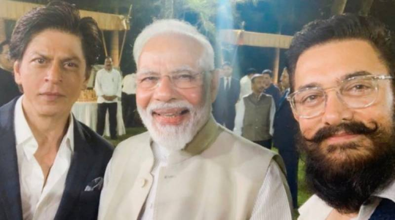 Aamir Khan, Shah Rukh Khan under fire for supporting Modi's ideology