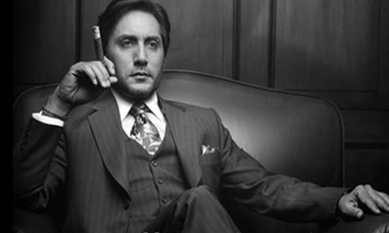 Adnan Siddiqui pays homage to the Pak Army with his flute