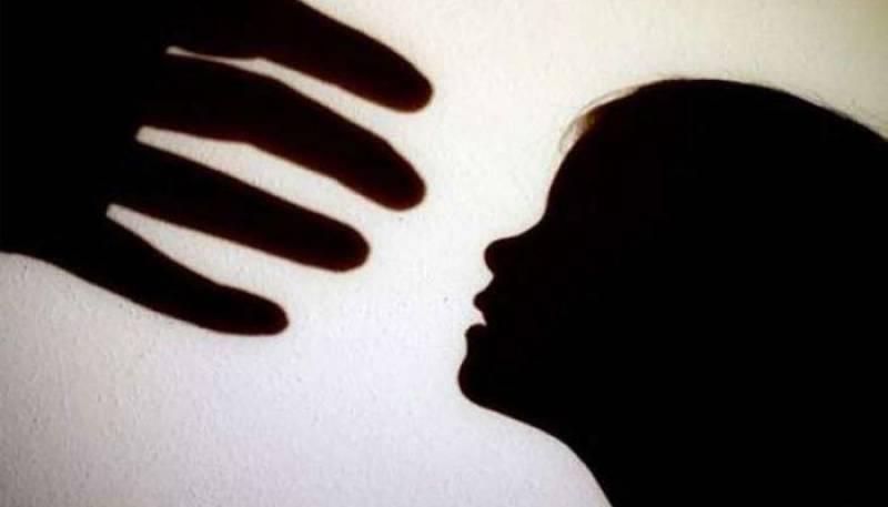 Muzaffargarh teen arrested for abusing 3-year-old girl