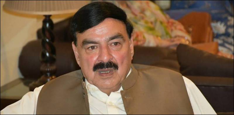 Sheikh Rasheed announces compensation money for Tezgam Express victims