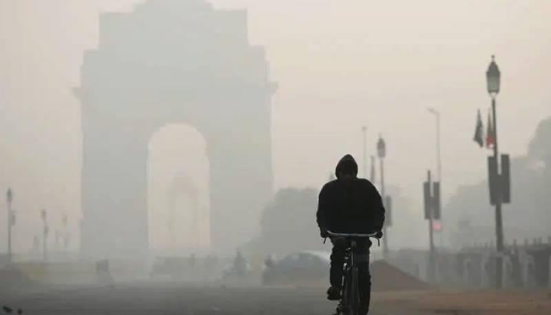 Millions in Indian capital endure 'eye-burning' smog