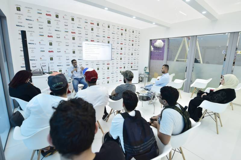 Beginners equipped with skills to design actionable social media strategy at SIBF 2019