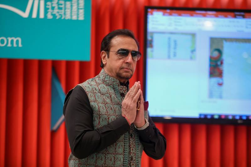 Bollywood's 'bad man' Gulshan Grover unmasks at SIBF 2019