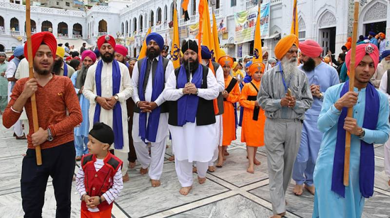 Sikh community observes 550th birth anniversary of Baba Guru Nanak today