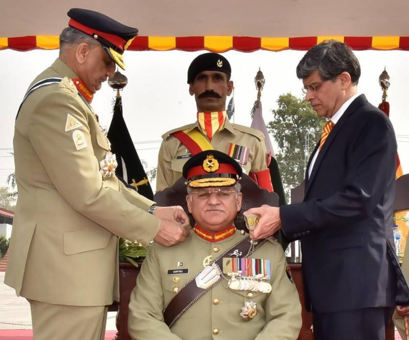 COAS Bajwa installs Lt Gen Sarfraz Sattar as new colonel commandant Armoured Corps