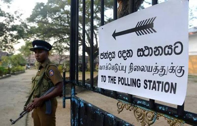 Sri Lankans vote to elect new president