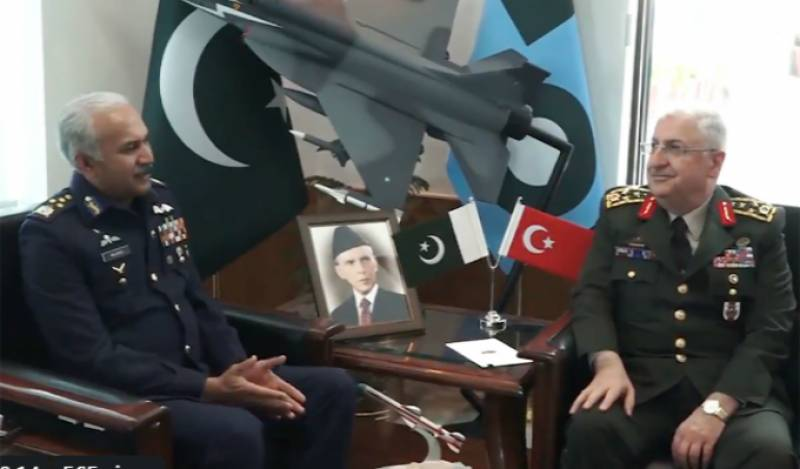 Commander of Turkish armed forces calls on Pakistani Air Chief
