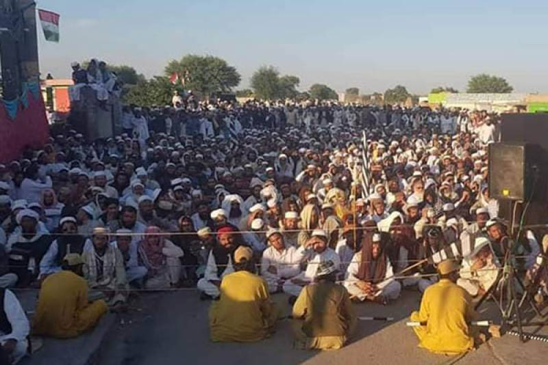 JUI-F restarts countrywide protests against PTI's govt today