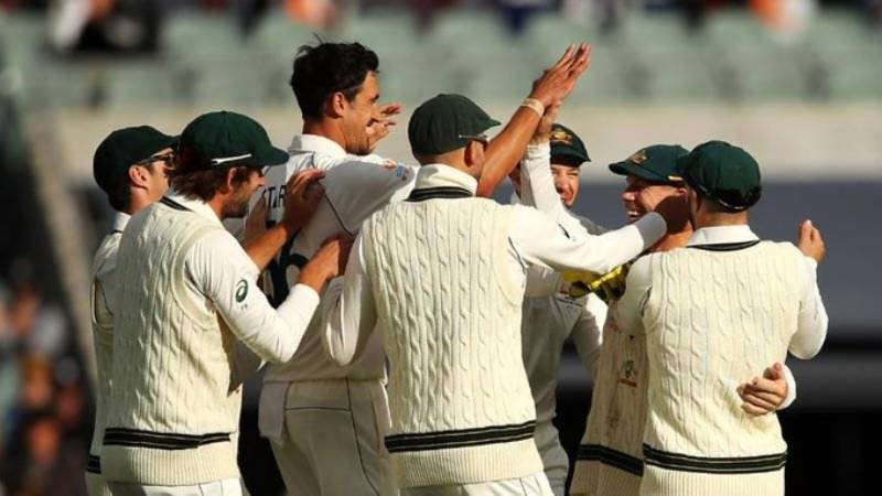 Pakistan 3-1 in reply to Australia's 589 in Adelaide Test