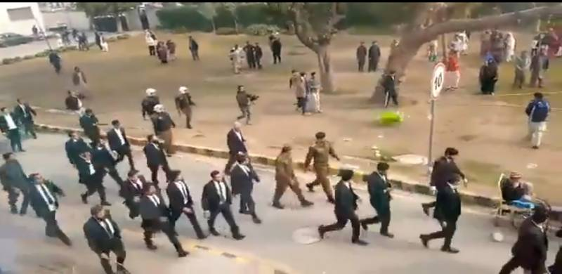 4 patients die as lawyers' protest intensifies at Lahore's Punjab Institute of Cardiology