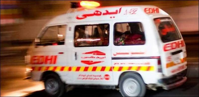 At least 4 dead after van plunges into ravine in Gujranwala
