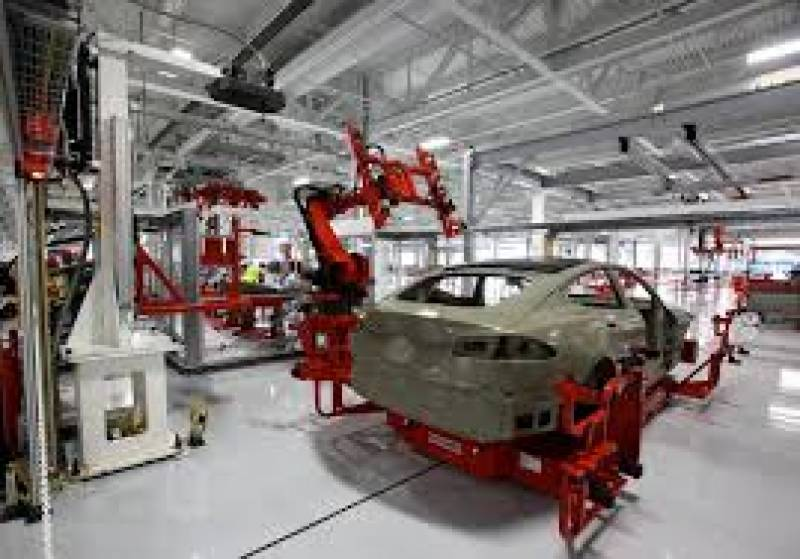Pakistan invites America's leading automaker Tesla to establish factory