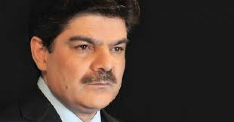 Mubashir Lucman seeks police action after being slapped by Fawad Ch
