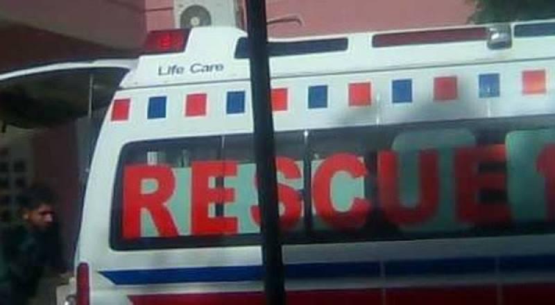 Coach-car collision leaves five dead in Naushero Feroze